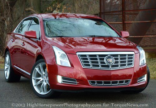 The front end of the 2013 Cadillac XTS AWD Premium
