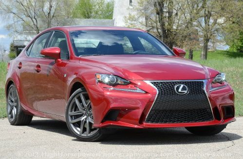 The front end of the 2014 Lexus IS350 F Sport