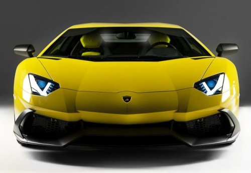 The Lamborghini Aventador LP720-4 50 Anniversario Edition front end